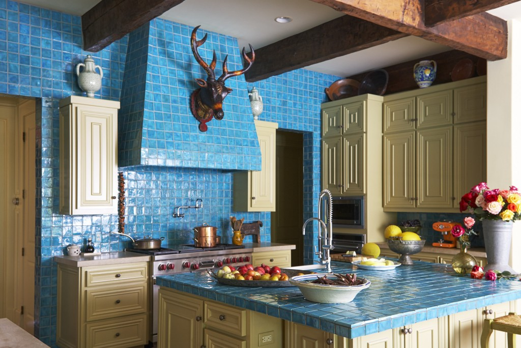 kitchen turquoise